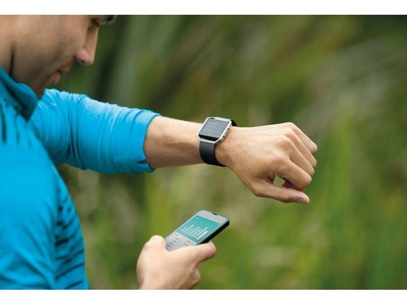 ... Chytré hodinky FITBIT Blaze Small FB502SBKS-EU Black Silver ... b6d7a0daf3d